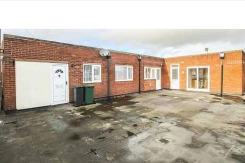 1 bedroom apartment to rent - Samuel street, Bloxwich, Walsall WS3