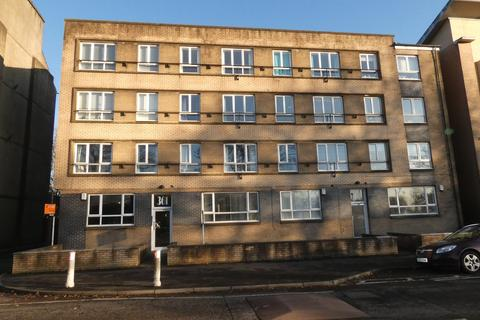 2 bedroom flat to rent - Wellshot Road, Tollcross, Glasgow G32