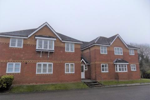 2 bedroom flat to rent - Parbold Close  FY3