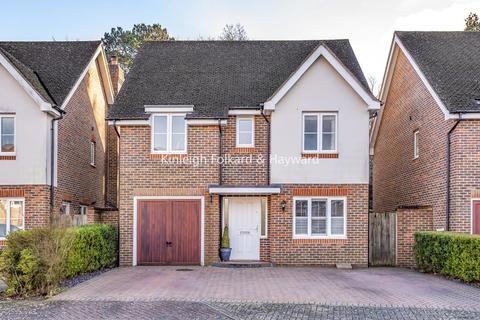 6 bedroom detached house for sale - Cheyne Park Drive, West Wickham