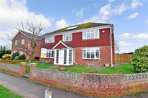 4 bedroom detached house for sale - Pilgrims Way, Canterbury, Kent