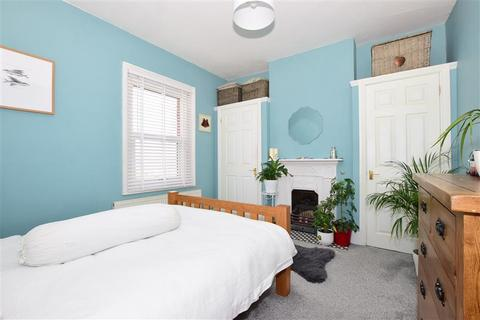 2 bedroom terraced house for sale - Canterbury Road, Birchington, Kent
