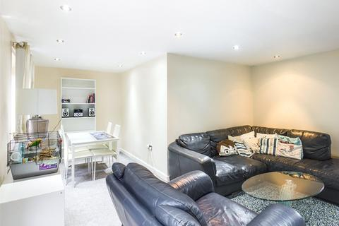 2 bedroom apartment to rent - Bedale Close, Swallownest, Sheffield, South Yorkshire, S26