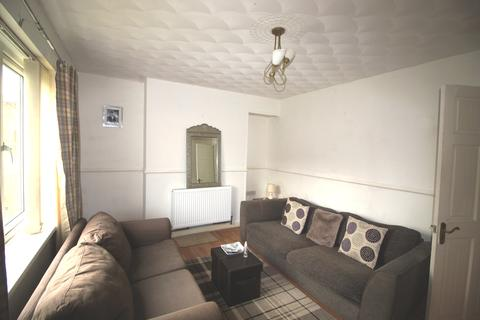 3 bedroom terraced house to rent - Seaton Crescent , Aspley, Nottingham NG8 5PX