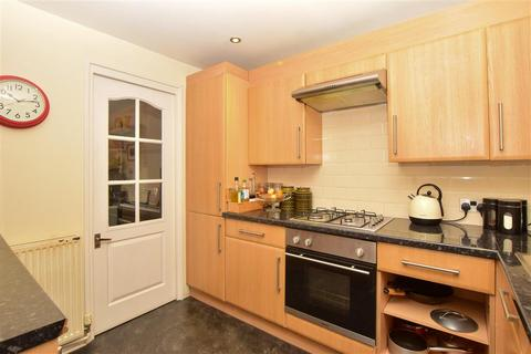 2 bedroom terraced house for sale - Whitehawk Crescent, Brighton, East Sussex