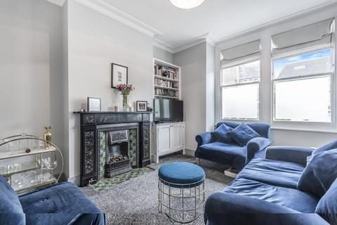 2 bedroom flat for sale - Bickersteth Road, Tooting