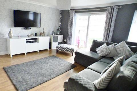 3 bedroom house for sale - Chichester Close, Murdishaw, Runcorn