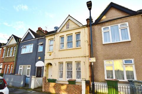 3 bedroom terraced house for sale - Chadwin Road, Plaistow, London, E13 8NF
