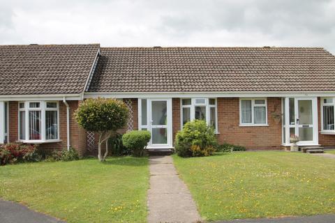 2 bedroom terraced bungalow to rent - Little Dene Copse, Pennington, Lymington SO41