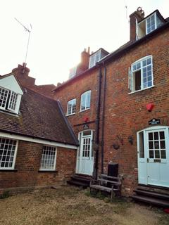 2 bedroom flat to rent - Bedford Street, Woburn, Milton Keynes  MK17