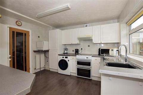 2 bedroom semi-detached bungalow for sale - Heather Drive, Romford, Essex