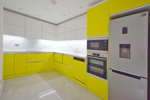 4 bedroom flat to rent - Westminster Mansions, Great Smith Street, London SW1P
