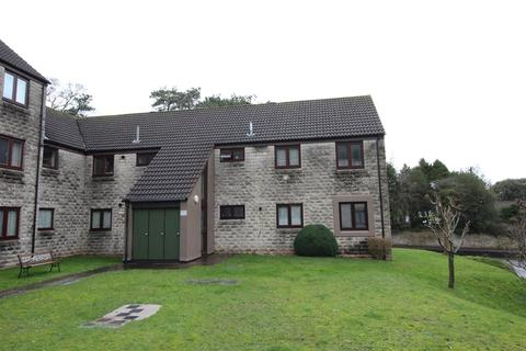 2 bedroom ground floor flat to rent - Church Court, Midsomer Norton, Radstock