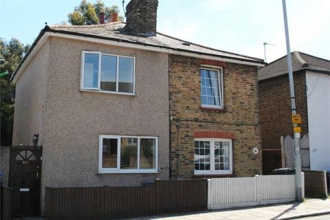 2 bedroom semi-detached house to rent - Dartmouth Road, Sydenham