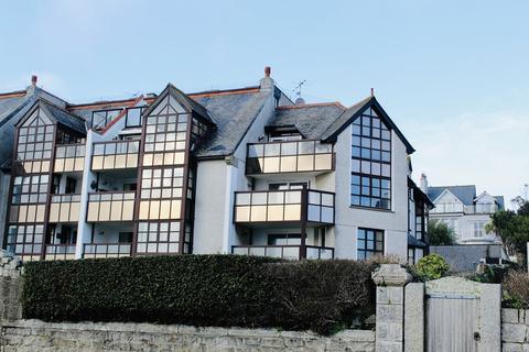 2 bedroom apartment to rent - Devington Court