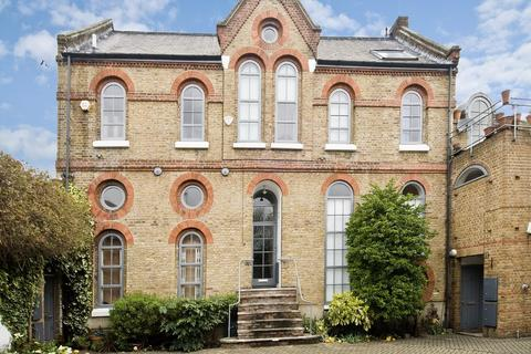 2 bedroom ground floor maisonette to rent - Grange Walk Mews, Bermondsey