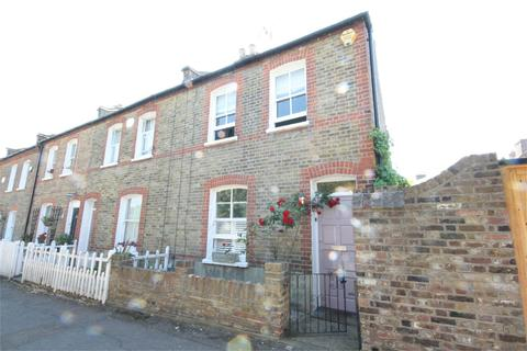 2 bedroom end of terrace house to rent - Holly Walk, Enfield, Middlesex, EN2