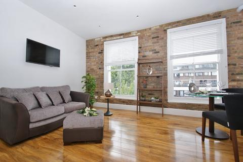 1 bedroom barn conversion to rent - Cornwall Crescent, London