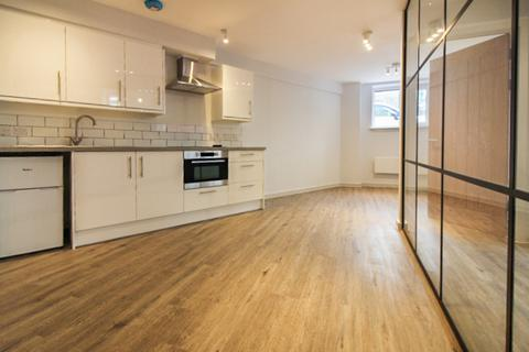1 bedroom apartment to rent - Victoria Road North, Southsea