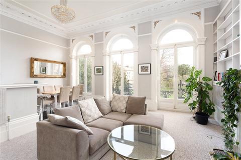 2 bedroom flat for sale - Victoria Square, Bristol, BS8