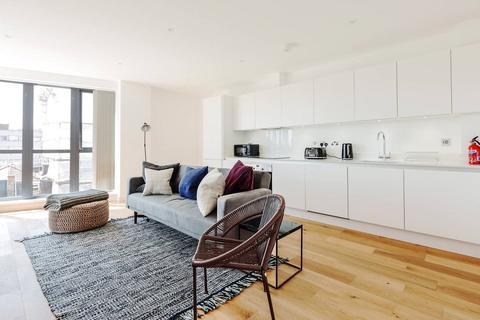 2 bedroom flat to rent - Waleorde Road, Elephant & Castle, London, SE17