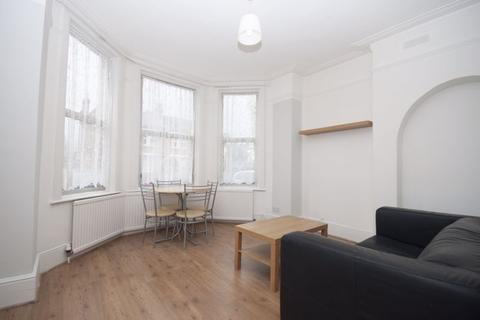 2 bedroom apartment to rent - Bowes Road, London N13