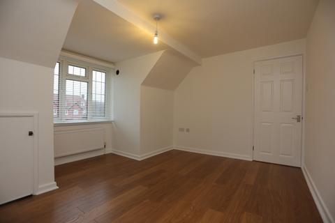 1 bedroom flat to rent - Court Farm Road, Hove
