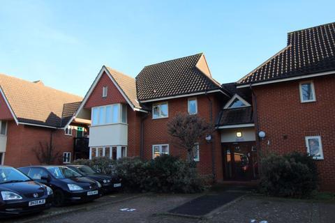 2 bedroom flat to rent - Bromham Rd - Ref: P7736