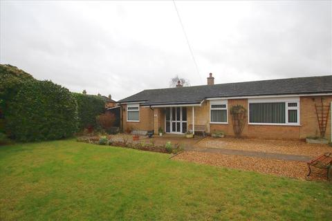 3 bedroom detached bungalow to rent - Green End, Gamlingay, SG19