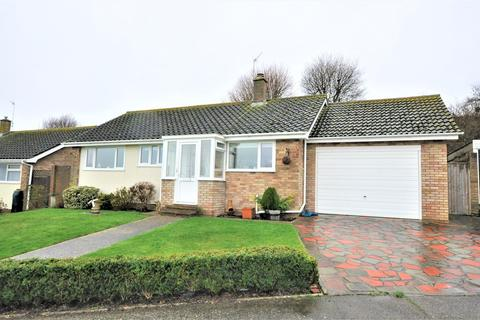 2 bedroom detached bungalow for sale - Cardinals Close, Bexhill-on-Sea, TN40