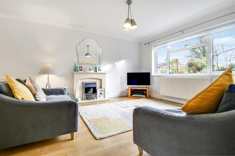 3 bedroom semi-detached house for sale - The Wick, Hertford