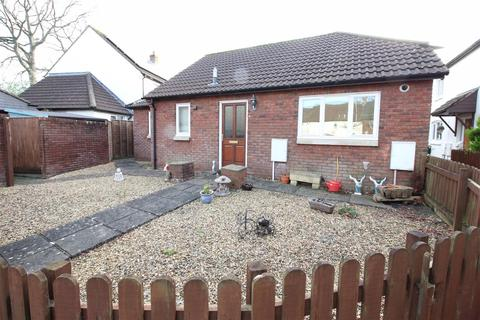 2 bedroom detached bungalow for sale - Gornhay Orchard, Tiverton