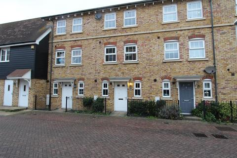 3 bedroom townhouse to rent - Plummer Crescent, Sittingbourne