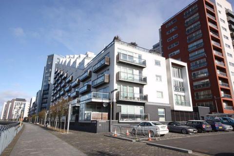 2 bedroom flat to rent - Flat 5/5, 203 Meadowside Quay Walk