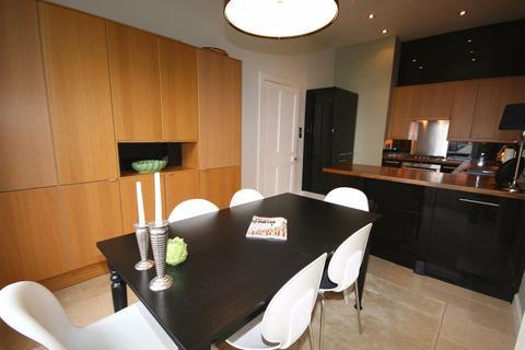 3 bedroom flat to rent - Gillespie Crescent, Edinburgh