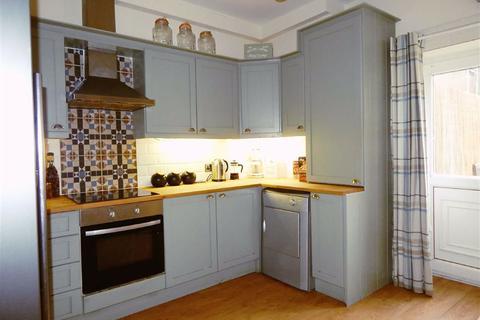 4 bedroom terraced house for sale - Westmorland Street, Wallsend, Tyne & Wear, NE28