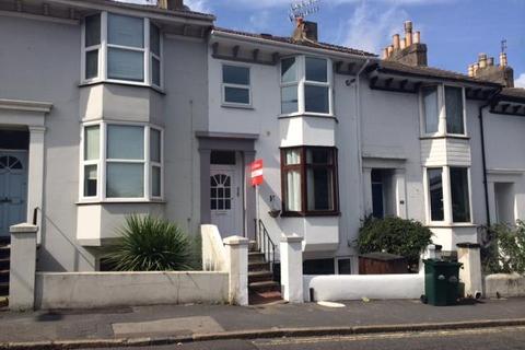 3 bedroom flat to rent - New England Road, Brighton