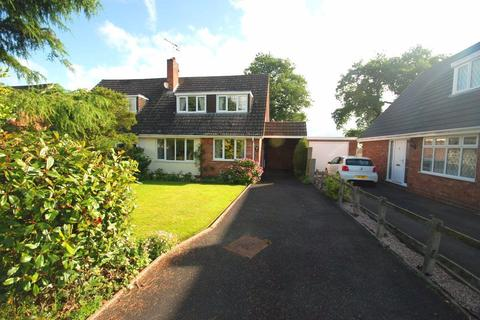 3 bedroom house to rent - Moathouse Drive, Haughton, ST18 9HJ