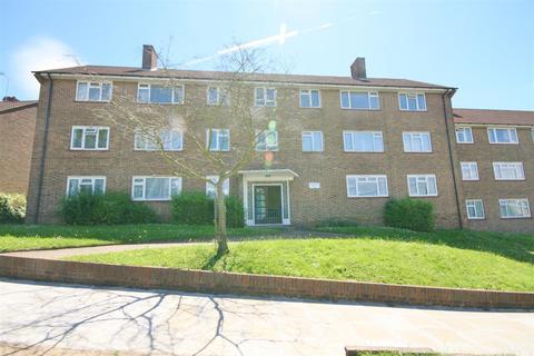 4 bedroom flat for sale - Cat Hill, Barnet