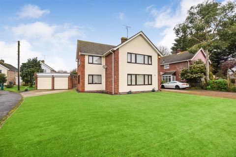 4 bedroom detached house for sale - Beeches Road, Heybridge, Maldon