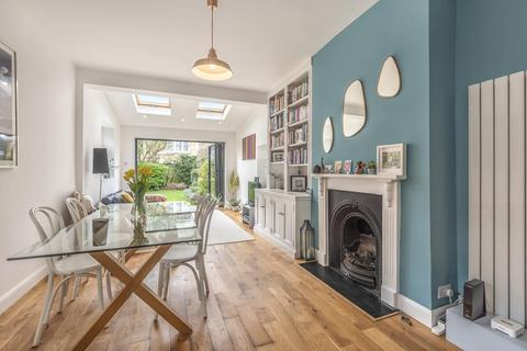 2 bedroom flat for sale - Lucien Road, Tooting