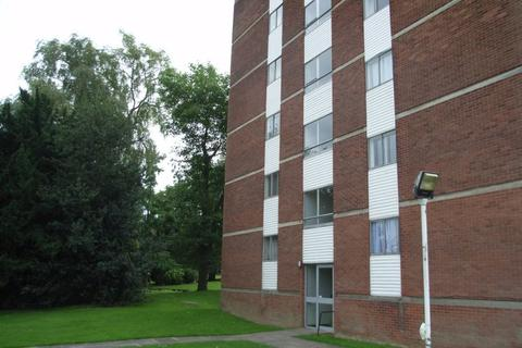 2 bedroom flat to rent - Lyndwood Court, Stoughton Road, Leicester, LE2 2EJ