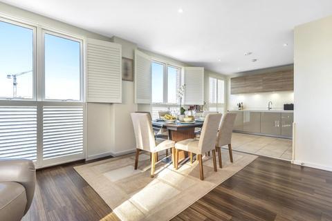 3 bedroom flat for sale - Rosenburg Road, Acton