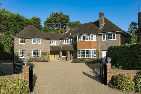 7 bedroom detached house for sale - Copsem Drive, Esher, KT10