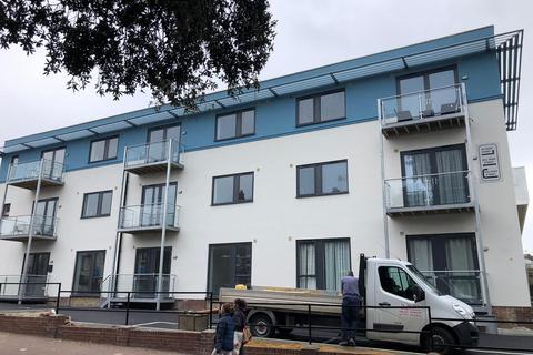 2 bedroom flat to rent - High Street, ramsgate CT11