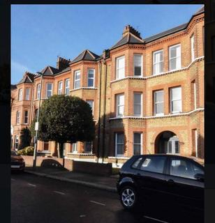 2 bedroom flat to rent - Upper Tooting Park Mansions SW17