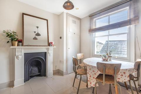 2 bedroom flat for sale - Barmouth Road, Wandsworth