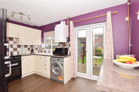 2 bedroom terraced house for sale - Tunstock Way, Belvedere, Kent