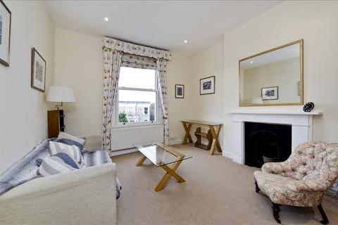 2 bedroom flat for sale - Boscombe Road, Flat 5, Shepherd's Bush W12
