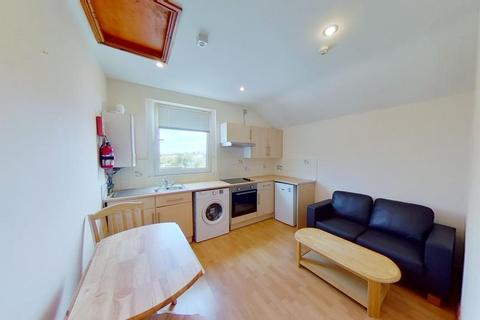 1 bedroom flat to rent - F3 28, Monthermer Rd, Cathays, Cardiff, South Wales, CF24 4RA